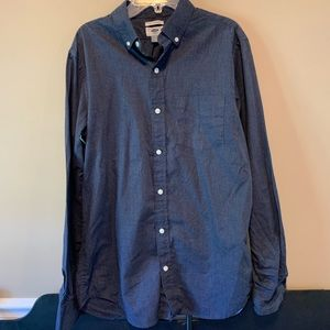 2 men's dress shirts